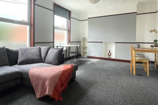 1 bed student flat to rent, Portsmouth - Cottage Grove near Portsmouth University - open plan living room