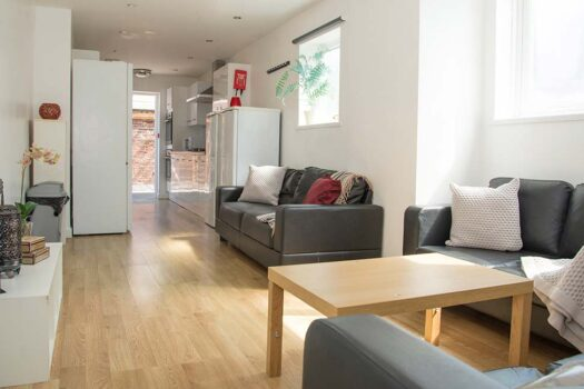 7 bed student house to rent, Portsmouth - Harrow Road near Portsmouth University - sitting room