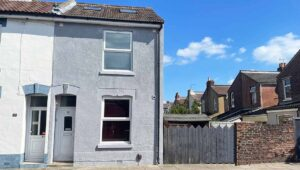 7 bed student house to rent, Portsmouth - Harrow Road near Portsmouth University - front