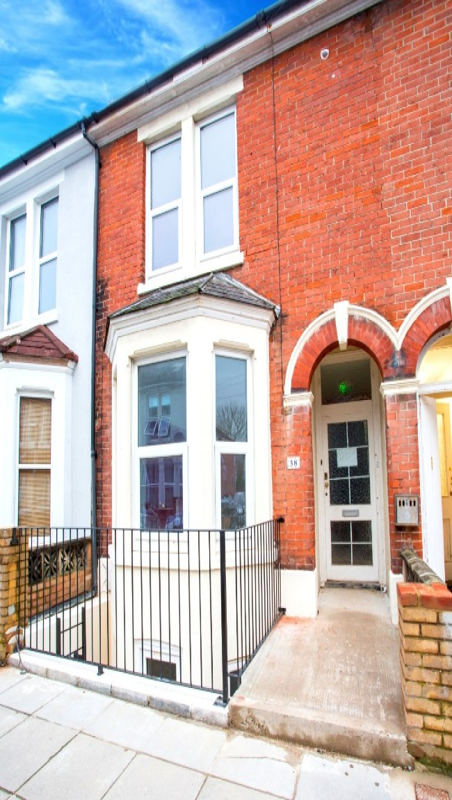 6 bed student house Britannia Road North Portsmouth
