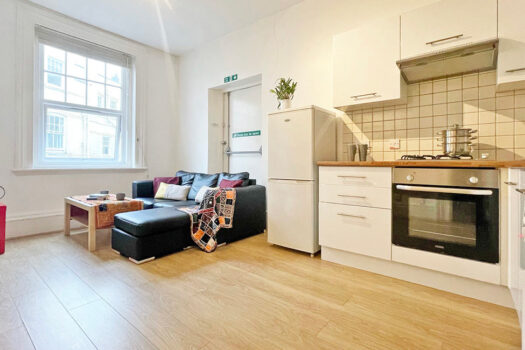 Beddow Hall, St Paul's Road, Portsmouth, PO5 – 2 Bed Student Flat