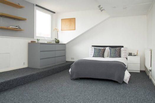 4 bed student flat to rent, Portsmouth - Nightingale Road near Portsmouth University - bedroom 1